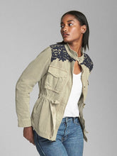 Load image into Gallery viewer, Gap Size S Utility Jacket - NWT