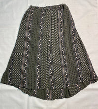 Load image into Gallery viewer, Twik Size S GREEN/WHITE Flower Skirt
