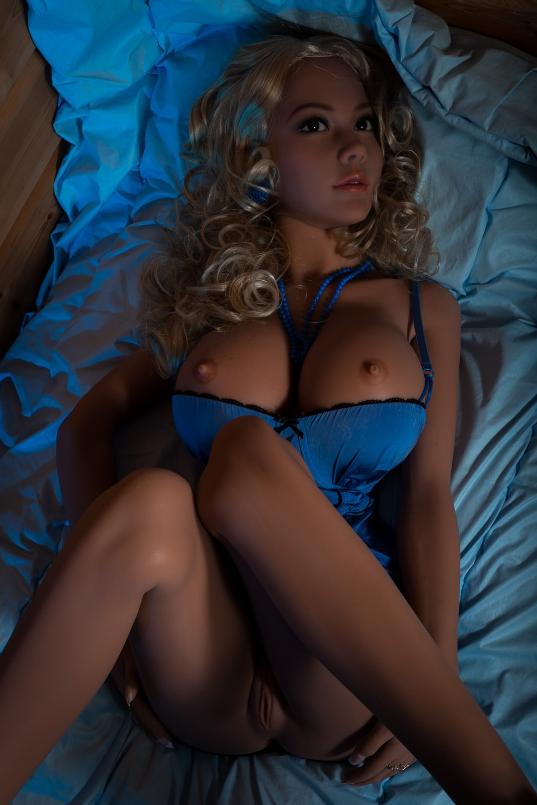 michaela 155cm blonde big boobs athletic tan skin tpe wm sex doll(6)