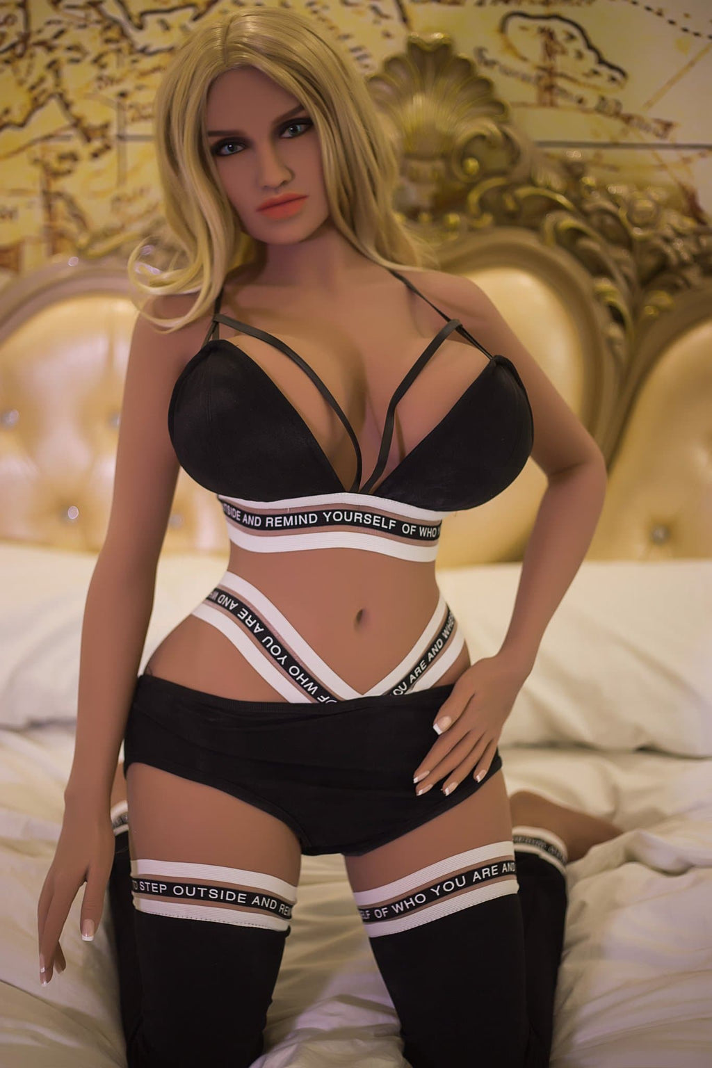 sienna 150cm blonde curvy big boobs tan skin tpe wm small sex doll