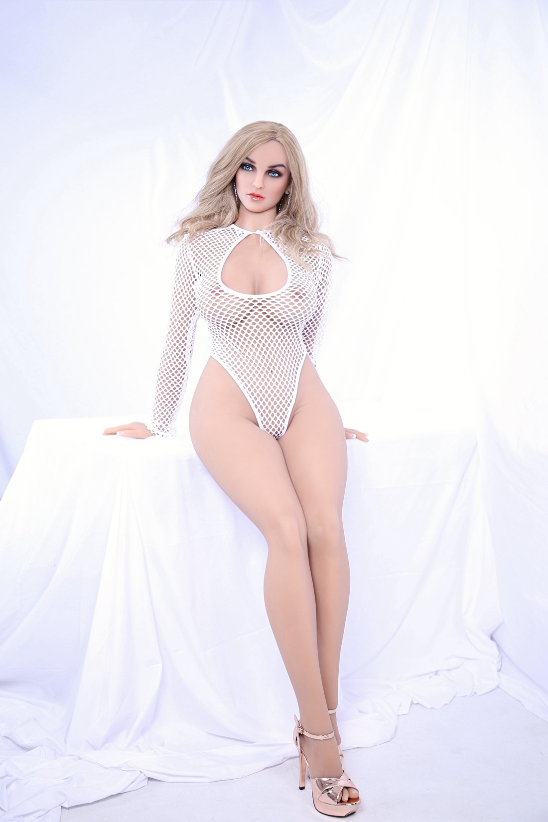 valerie 161cm af blonde medium tits athletic tpe sex doll(2)