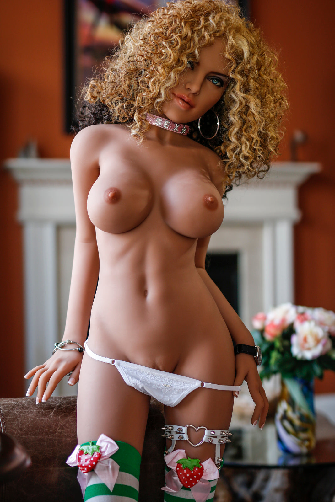 justina 150cm brown hair medium tits skinny tan skin tpe small sex doll(7)
