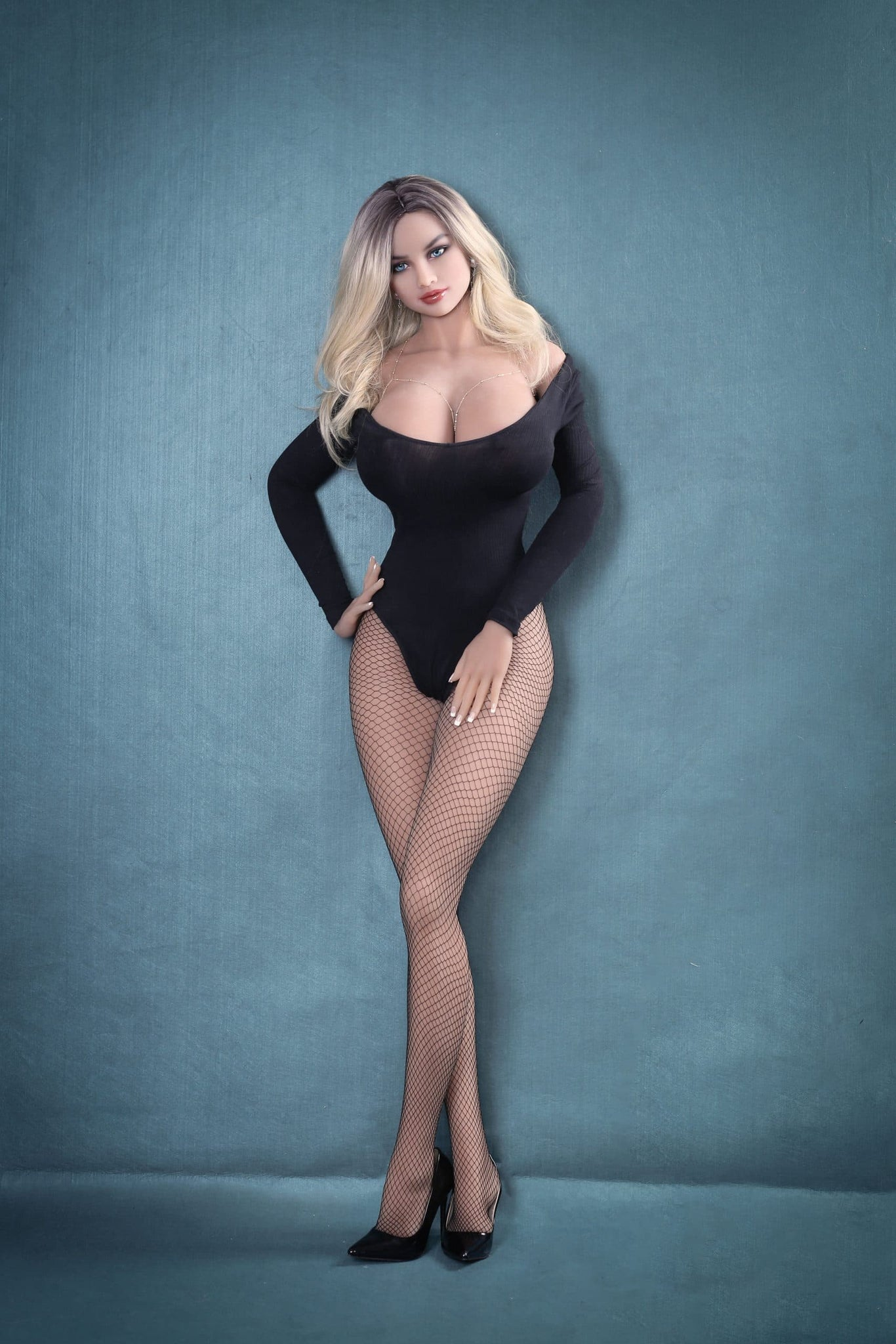 brit 170cm af blonde giant massive tits athletic tpe sex doll(4)