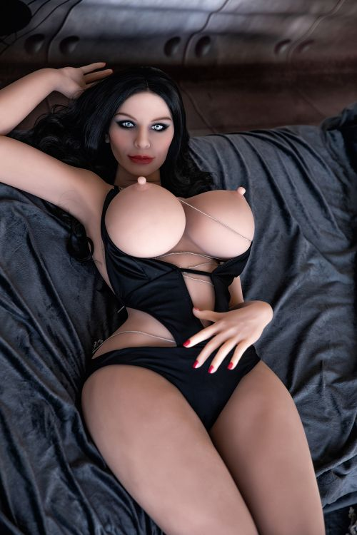 meredith 162cm black hair curvy hr giant massive tits tpe sex doll(3)