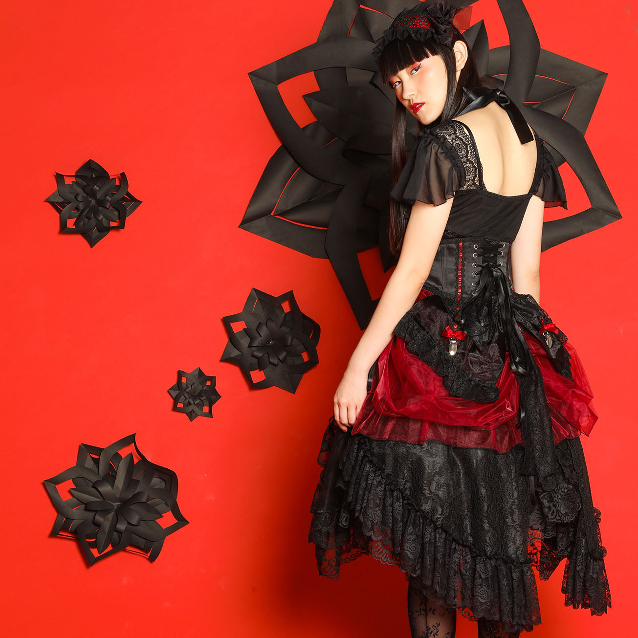 ORGANDY BUSSLE(BLACK/RED)