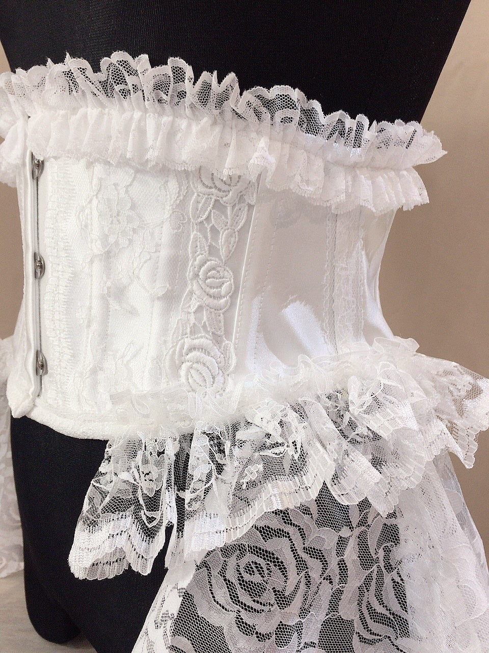 ROSE TAIL VERY SHORT CORSET(WHITE)
