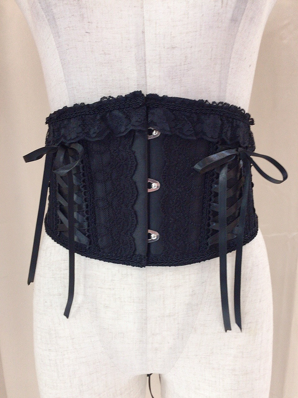 LACE UP VERY SHORT CORSET(BLACK)