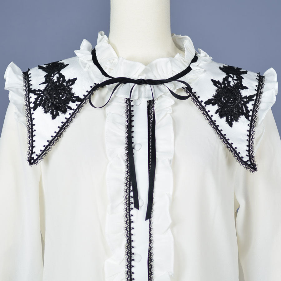 ROSE EMBROIDERY COLLAR BLOUSE