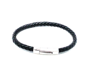 Stainless Clasp Leather Bracelet — Black