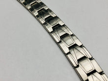 Load image into Gallery viewer, Men's Brushed Stainless Steel
