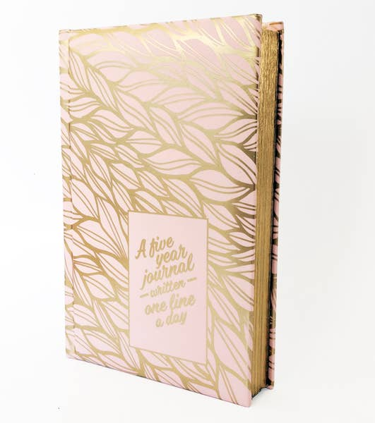 A Premium Five Year Journal Written One Line A Day - Pink Gold