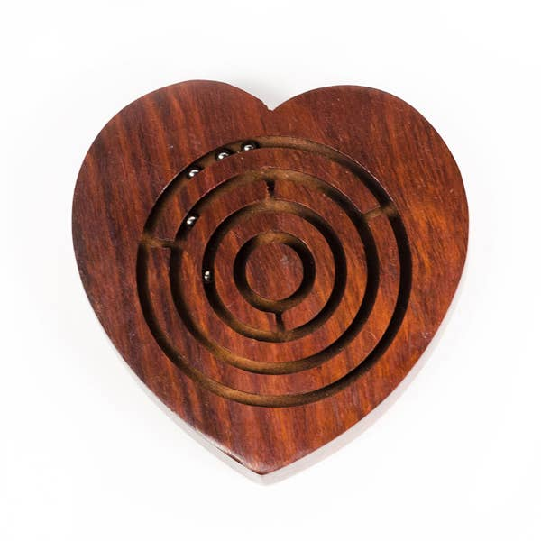 Heart Labyrinth Game
