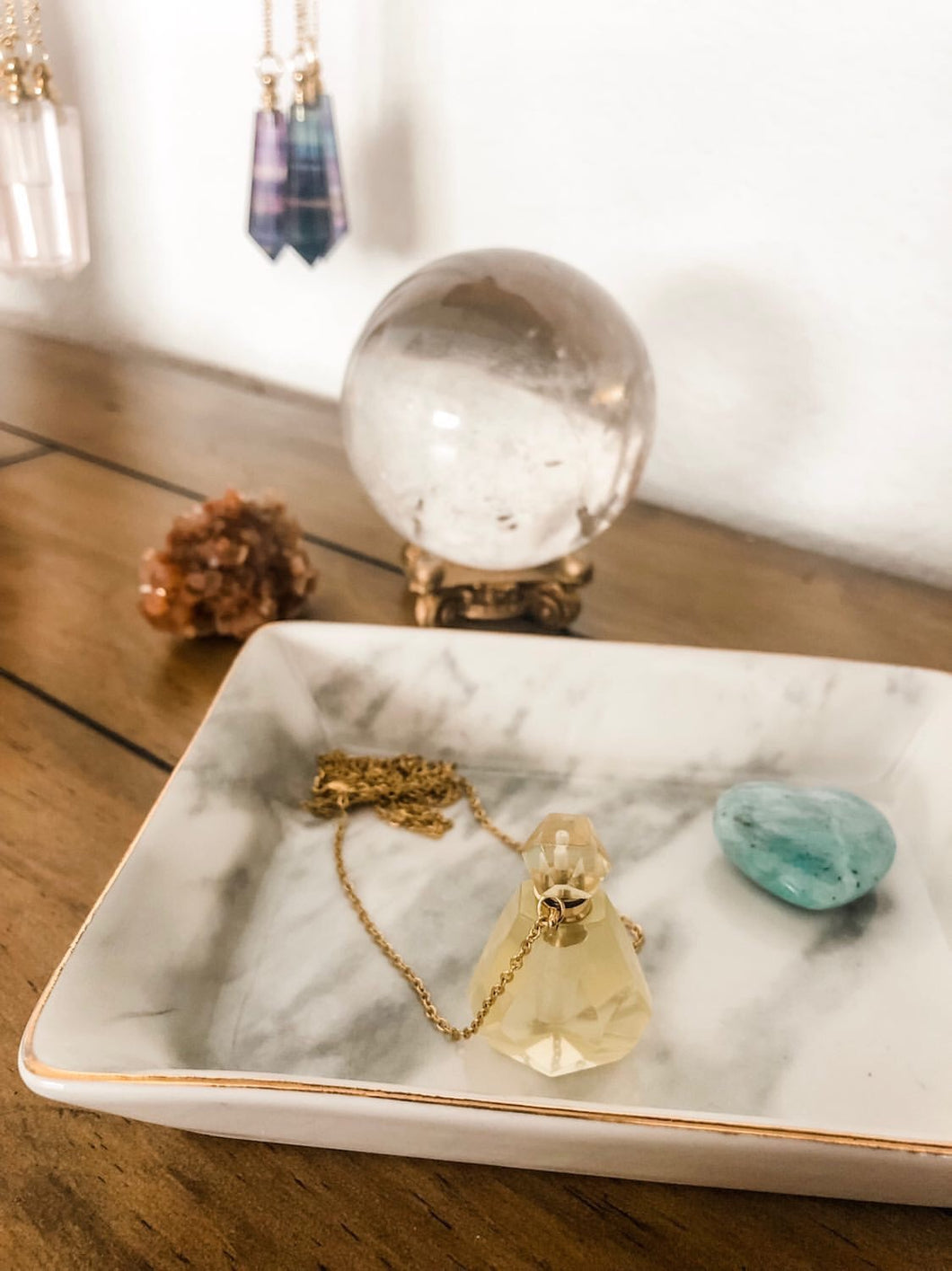 Aromatherapy Necklace - Brass-Plated Chain with Citrine Bottle