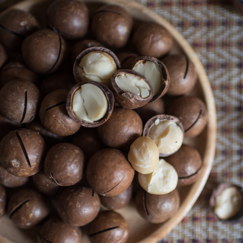 Buy the Best Whole Macadamia Nuts at Kolikof