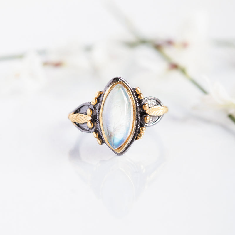 Erendira Rainbow Moonstone Ring