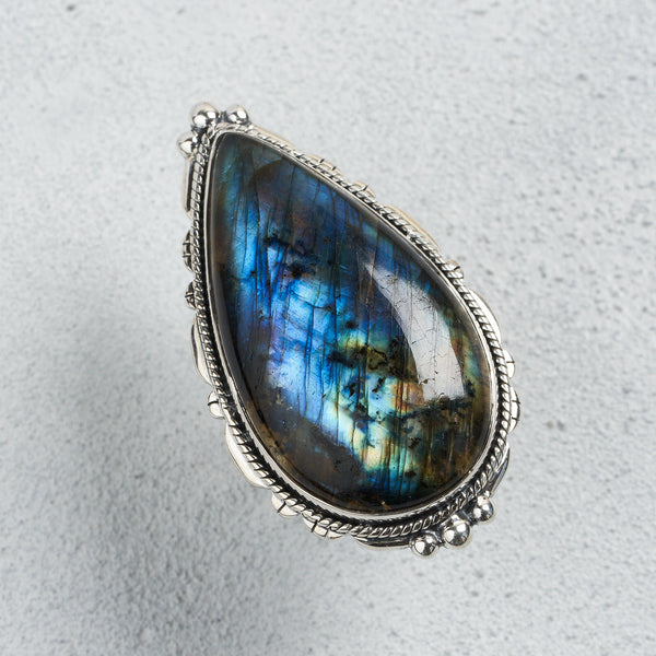 Layla Labradorite Ring | US 9 (UK S)