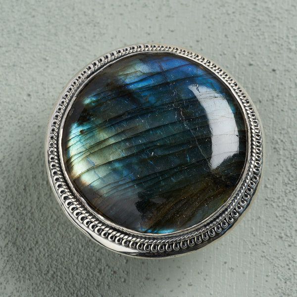 Valentina Labradorite Ring | US 8 (UK Q)