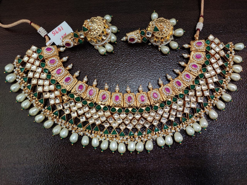 Very Fine Quality kundan choker Ahmedabadi Necklace set with beautiful earring Pakistani Jewelry, Indian Bridal Jewelry, Necklace Set