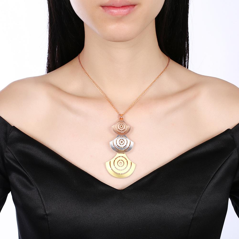 Carpi Necklace in 18K Rose Gold Plated