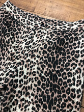 Load image into Gallery viewer, RELOVED- LEOPARD PANTS- 9
