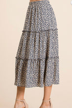 Load image into Gallery viewer, LEOPARD SKIRT