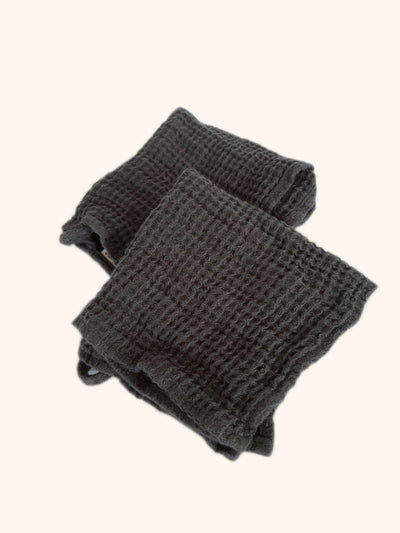 Image of Linen Wash Cloth Set Thick & Soft - Grey-Simply Natural Home. Super soft honeycomb woven pure linen wash cloth set, highly absorbent, quick drying and easy to care for.