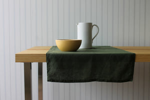 Gumleaf Table Runner