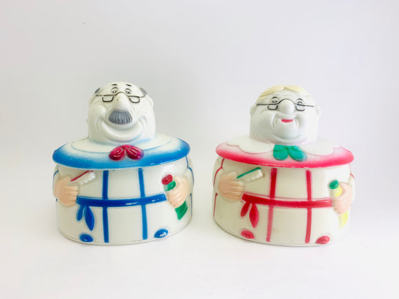 1974 Grandma and Grandpa Plastic Trinket Dishes J.S.N.Y