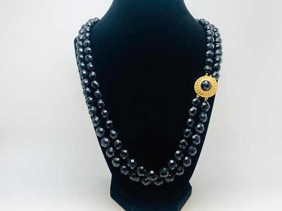 Vintage Black Glass Rondelle Bead Necklace