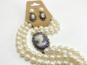 Vintage Cameo Plastic Pearl Necklace and Earrings Set For Pierced Ears Jewelcreek.ca