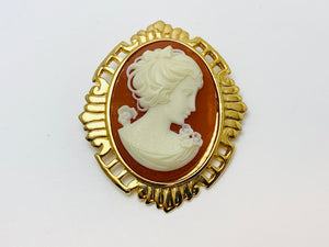 Vintage Large Cameo Pendant