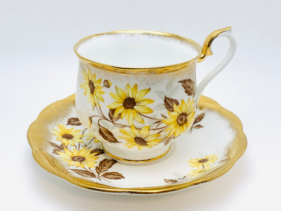 Vintage Royal Albert Bone China Brown Eyed Susan Teacup and Saucer
