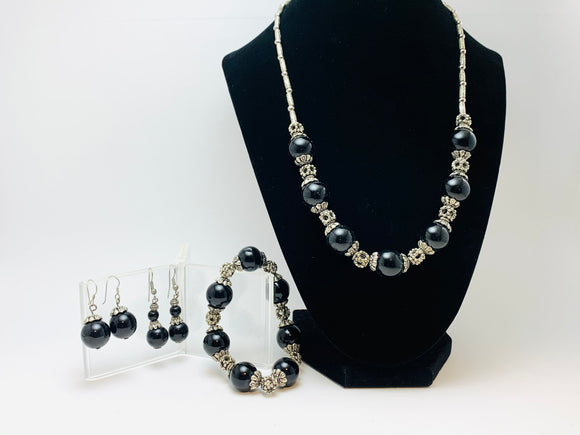 Vintage Black and Silver Beaded Jewelry Set