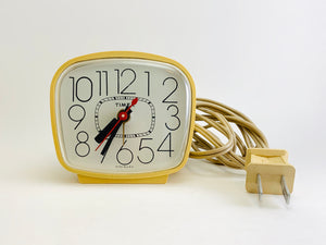 Vintage Timex Electric Clock Model 7812