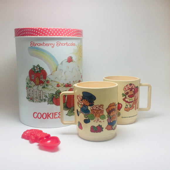 SOLD! 1980's Strawberry Shortcake Tin and Cup Set