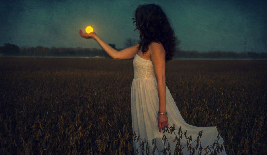 Six Signs of a Natural Born Witch - #5 Solitude