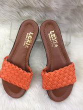 Load image into Gallery viewer, Women's Slippers Basket weave model