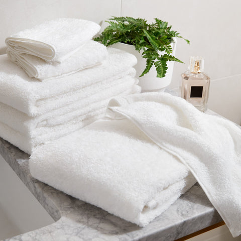 Simple Border Junior Suite Bath Bundle