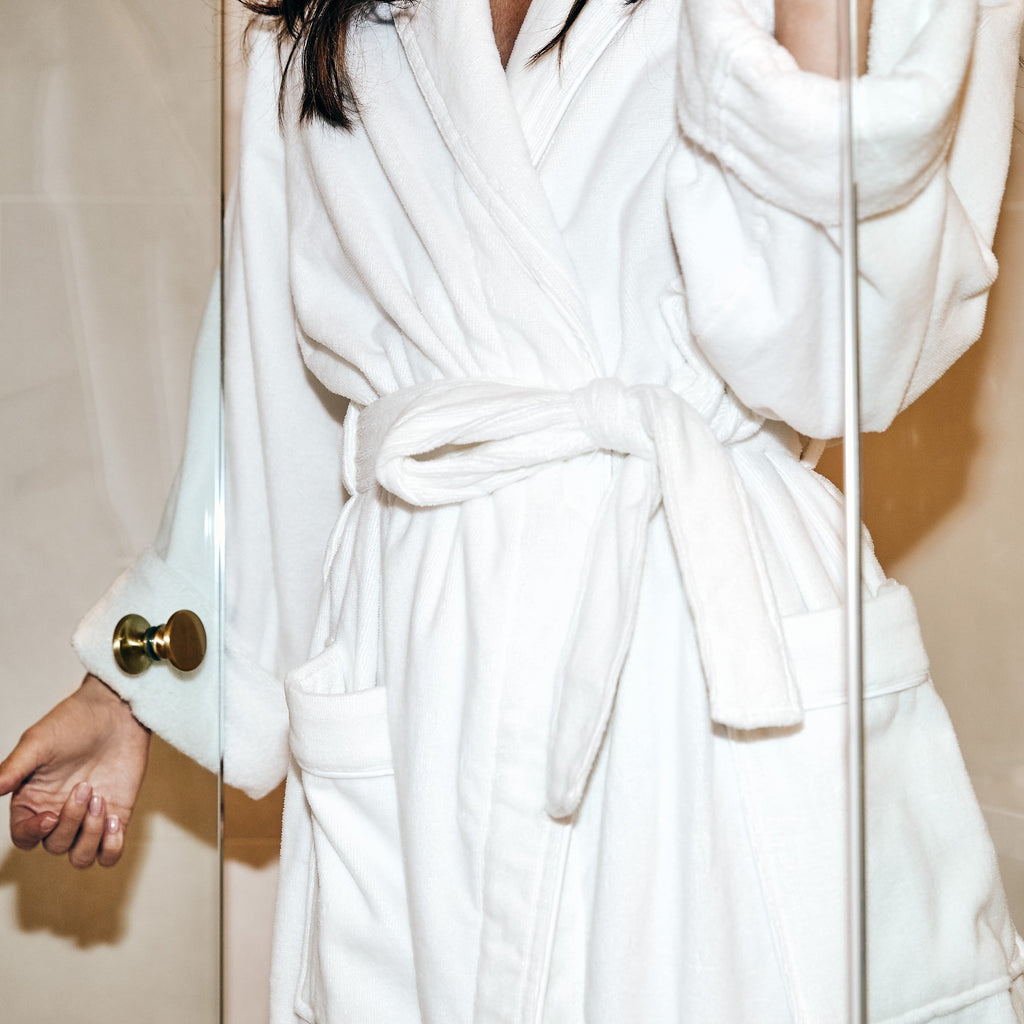 Shawl Collar Bathrobe with Piping