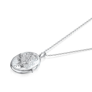 Little Oval Scroll Locket – Silver