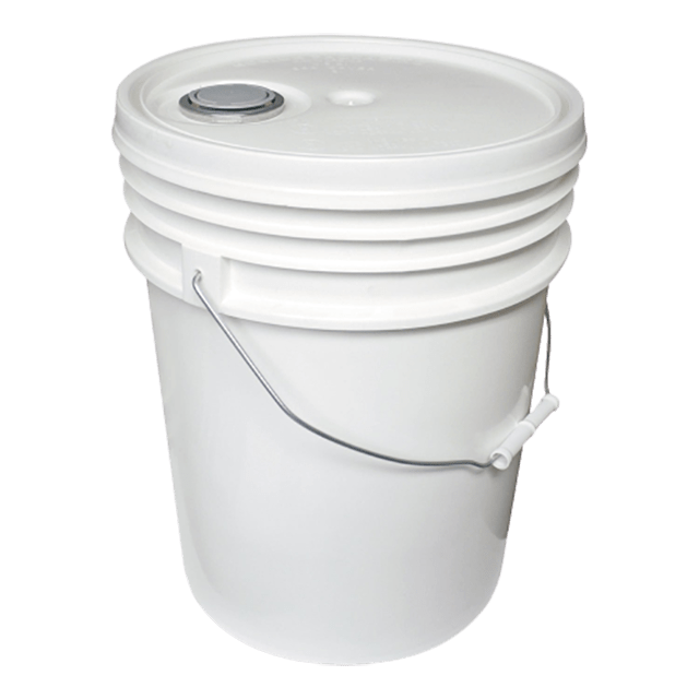 20 litre/5 gallon white pail with spout lid - Soap & More the Learning Centre Inc