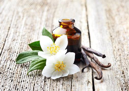 Jasminy Vanilla Natural Fragrance Oil Blend - Soap Making Supplies, Essential Oils, Fragrance Oils at Calgary, Alberta Soap and More the Learning Centre Inc in Canada