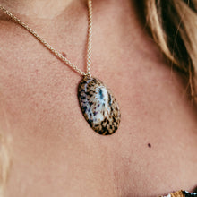 Load image into Gallery viewer, Opihi Necklace