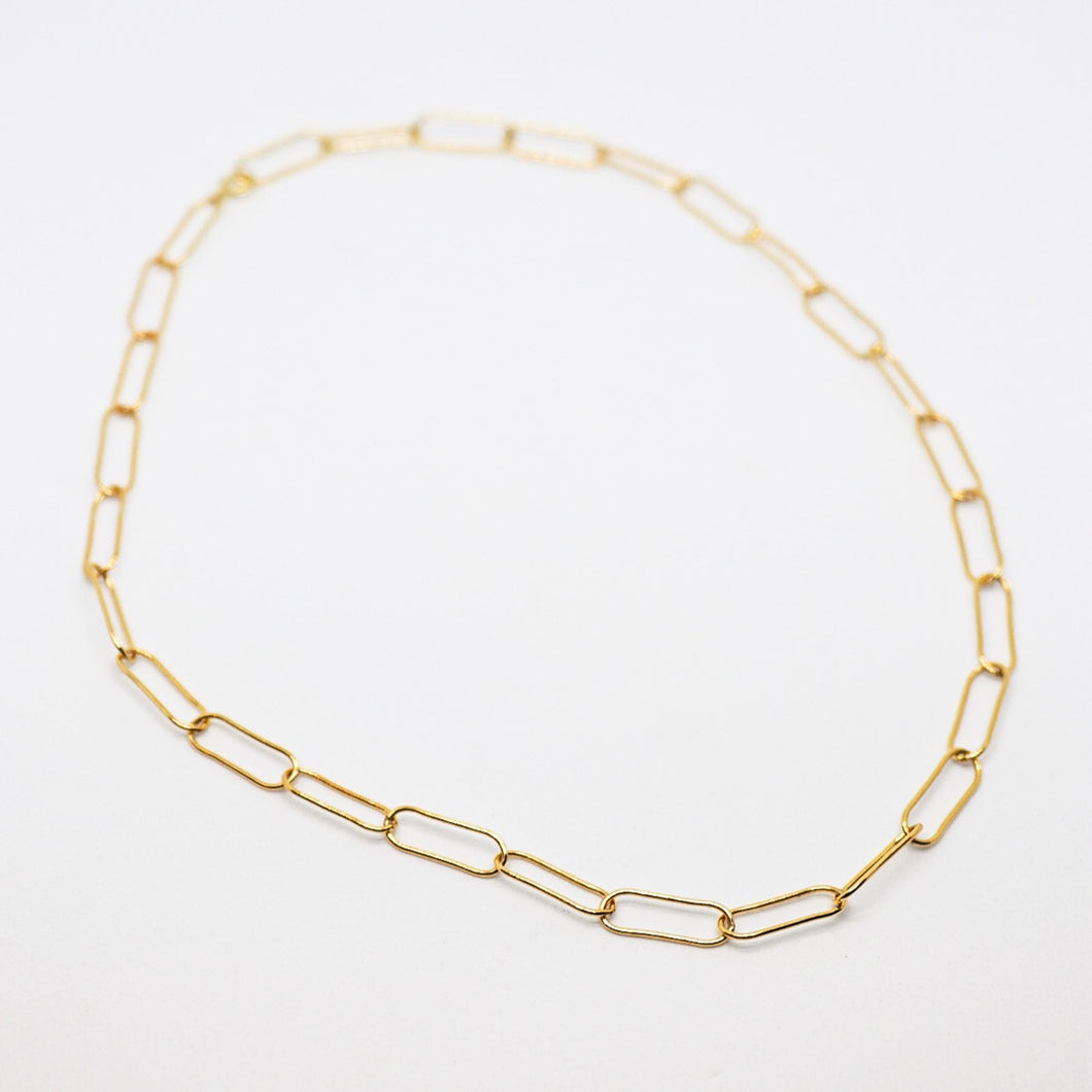 Claire Choker
