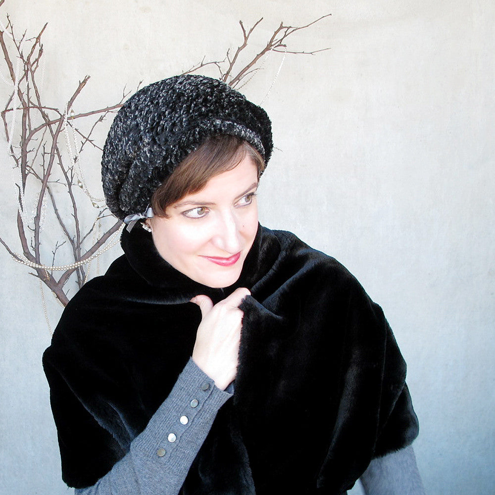 Ladies winter faux fur beret in black & grey - terry graziano