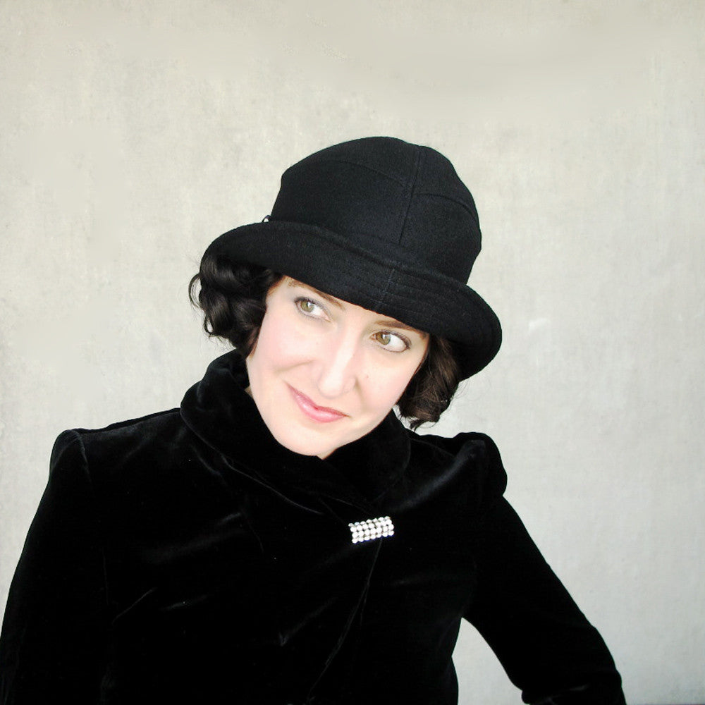 Ladies cloche hat bowler hat in black wool and cashmere - terry graziano