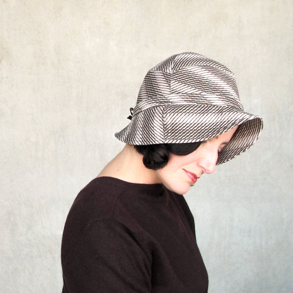 Ultrasuede cloche hat in brown & beige houndstooth check pattern - terry graziano