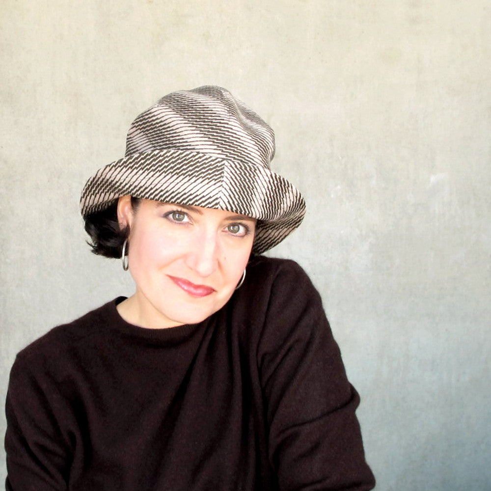 Ladies casual cloche hat in houndstooth check ultrasuede - terry graziano