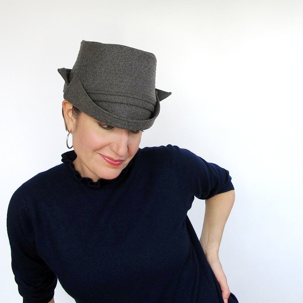 Packable crushable double brimmed ladies hat in grey wool - terry graziano
