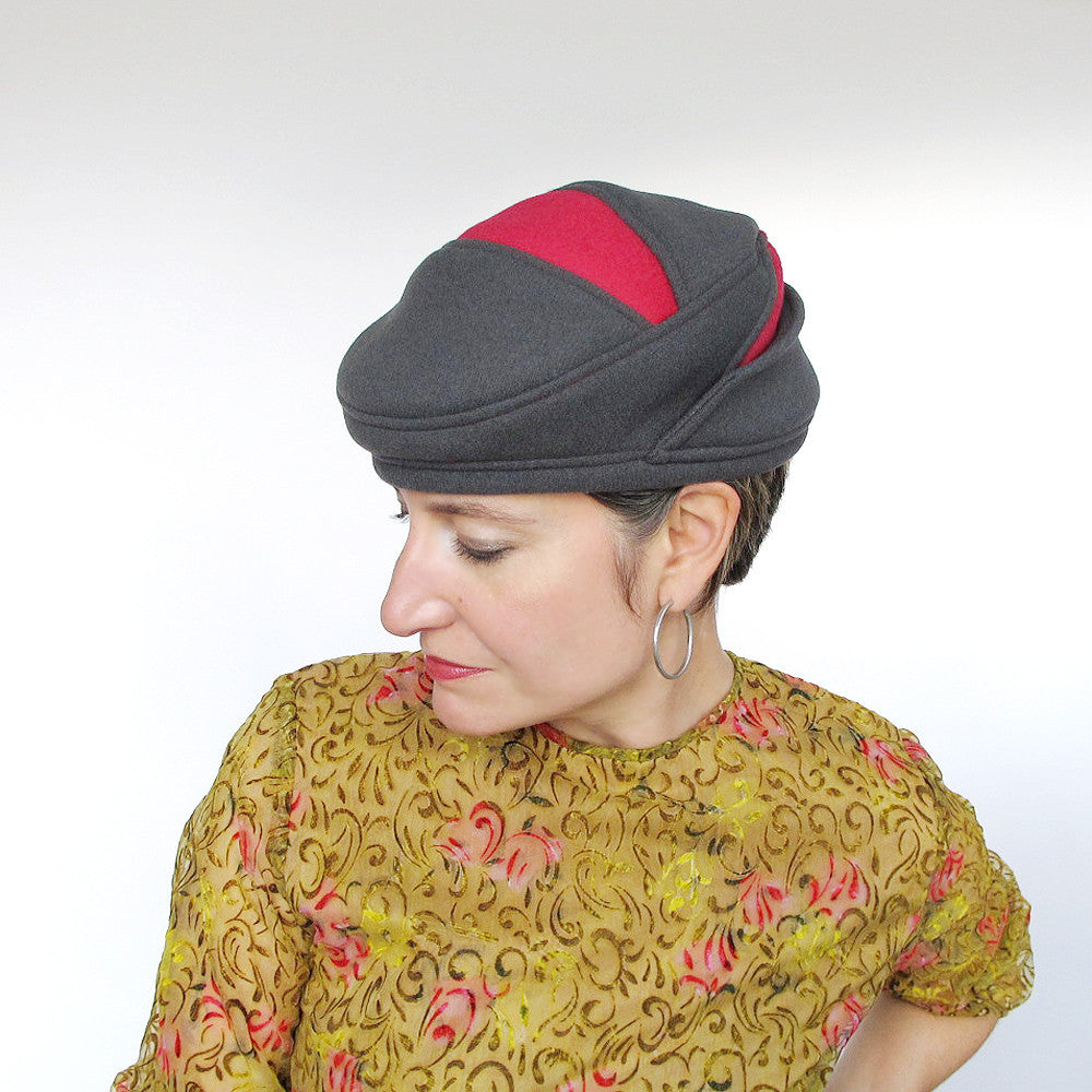 Warm driving cap for women in grey & rose red wools - terry graziano